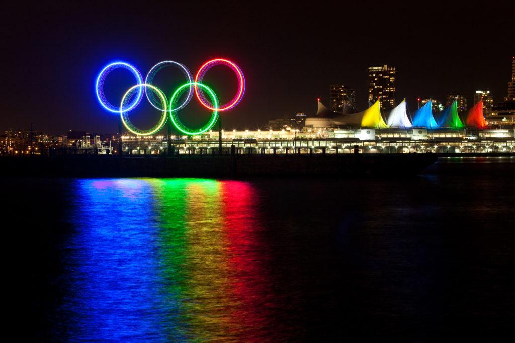 Zaui Tourism Blog - Vancouver Olympic Rings 2010